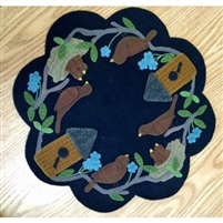 Nesting Time Table Mat Wool Applique Quilt Pattern